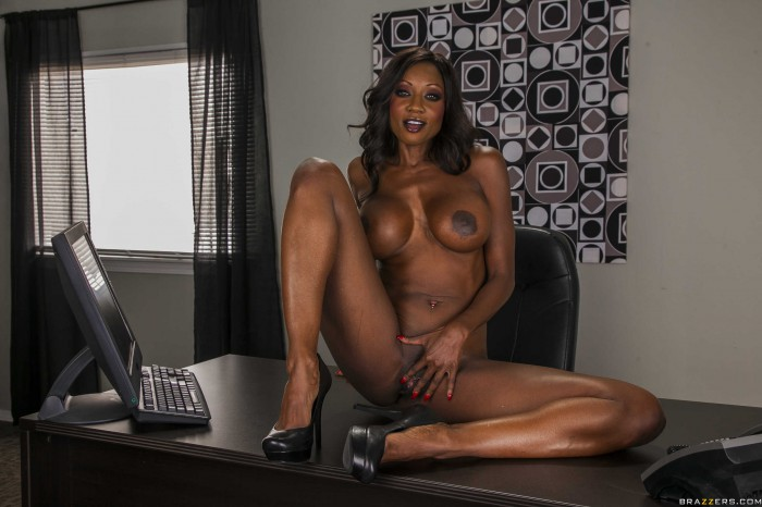Diamond Jackson All Nude